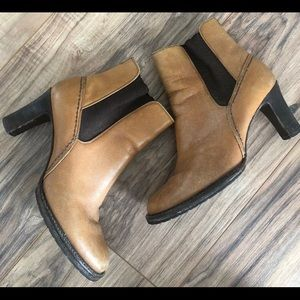 Cole haan Ankle leather heels boots Booties Sz 7